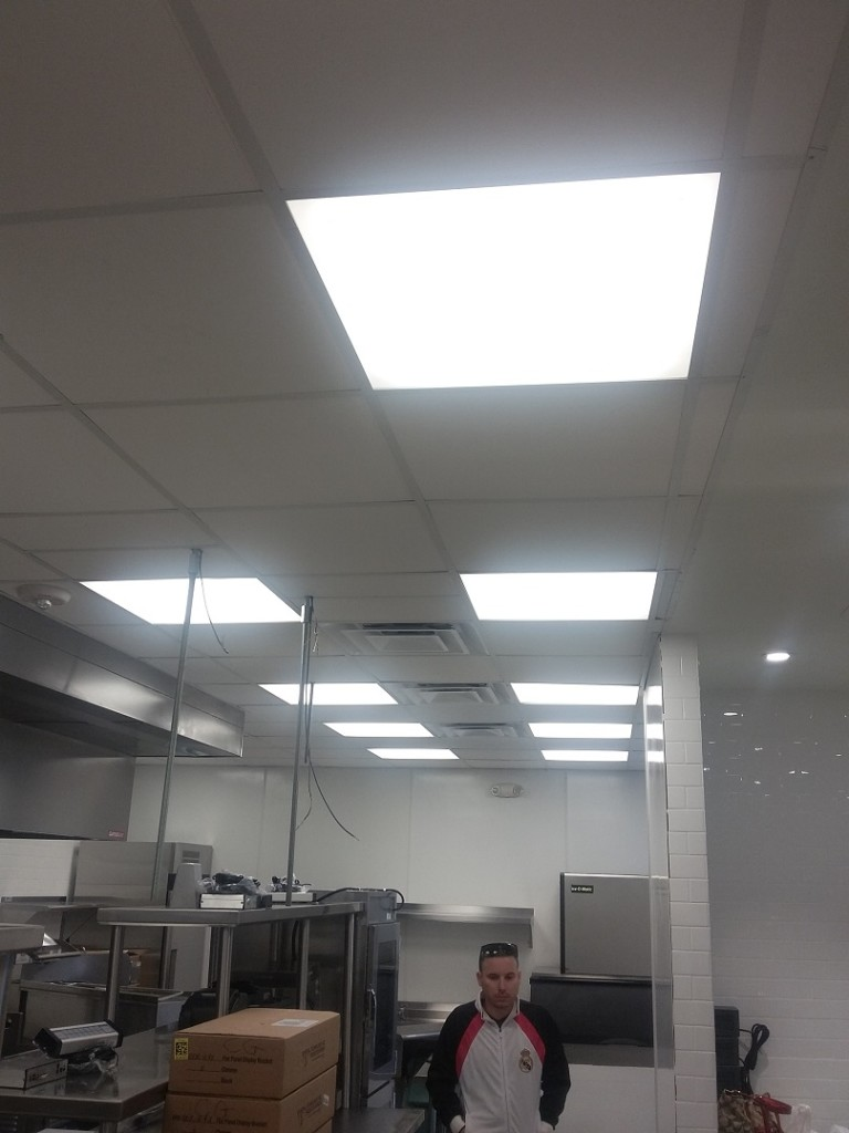 Spring-Chicken-Restaurant-LED-Lighting-04